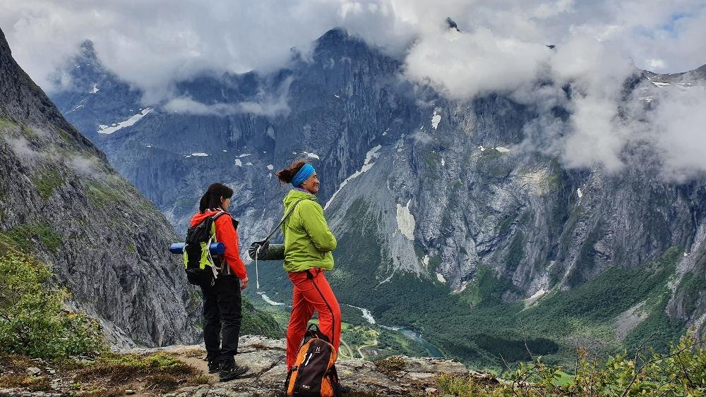 Yoga hiking retreats in Norway