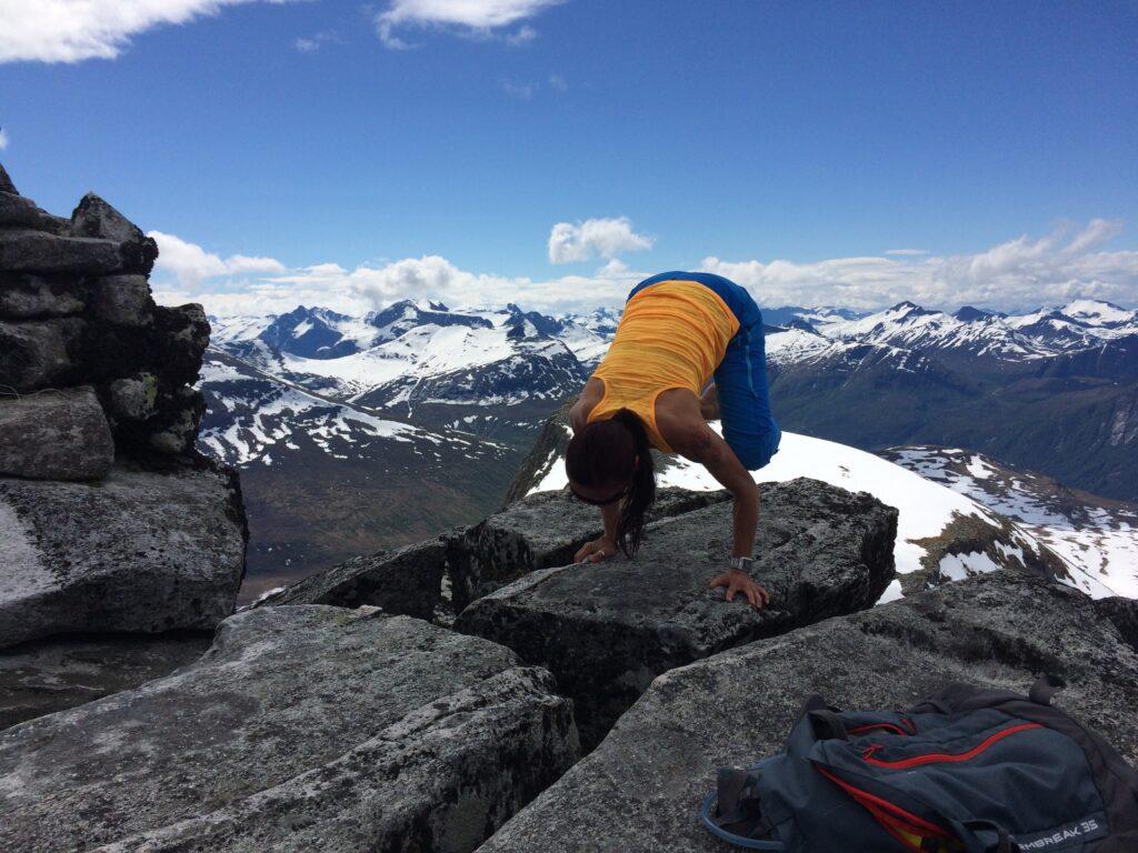 Hikig and yoga retreat in Norway